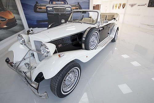 Beauford Series 3 from front with roof down