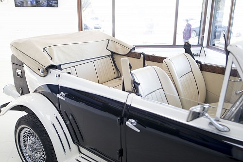Beauford Series 3 inside with top down