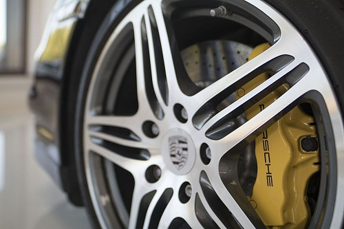 Black Porsche 911 turbo wheel
