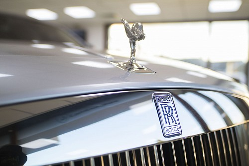 Rolls Royce Ghost spirit of ecstasy